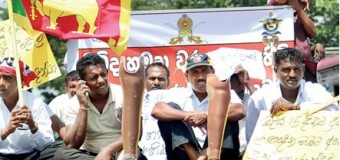 """Disabled Soldiers are in Protest Campaign to get their Rights from Yahapalana Government"""