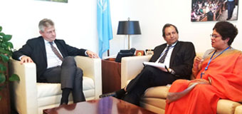 FOREIGN SECRETARY ARYASINHA DISCUSSES OBSTACLES PLACED ON SRI LANKA'S PEACEKEEPING CONTRIBUTION TO THE UN