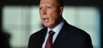 'Using every trick': Peter Dutton accuses detained pro-LTTE Tamil family of preventing deportation